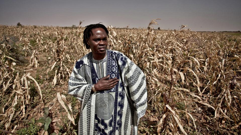 RAPPEL A DIEU DU KHALIFE DES MOURIDES: Baba Maal annule tous ses concerts au Fouta et en Mauritanie pour respecter le deuil