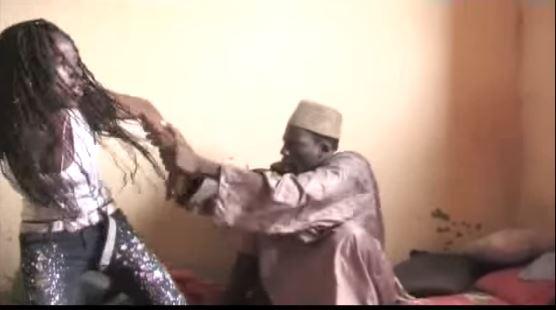 SERIGNE ASSANE MBACKÉ RECHERCHÉ POUR VIOL ET VOL: Le Mbacké-Mbacké vole et abuse sexuellement d'une femme divorcée après l'avoir hypnotisée