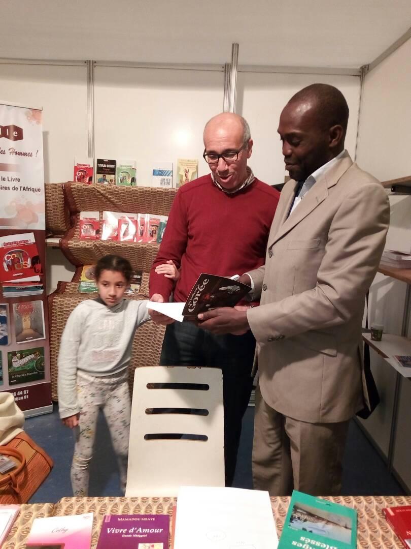Thiès à l'honneur, l'écrivain Moustapha Ndéné  Ndiaye invité d'honneur du 24e Salon du Livre de Casablanca