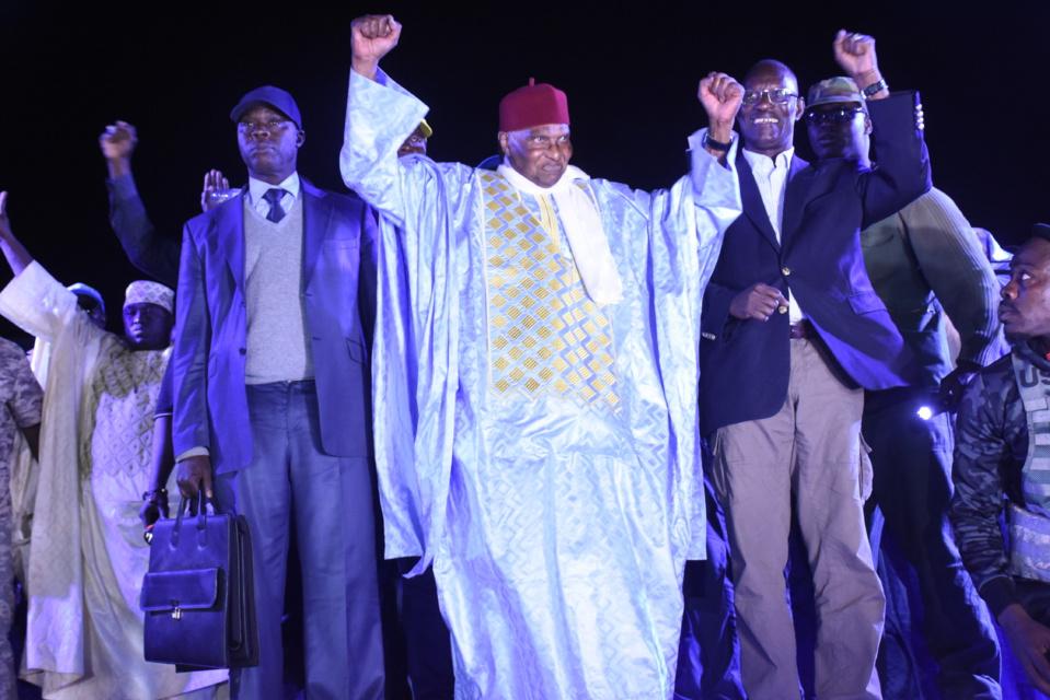 ALLIANCE NATIONALE STRATEGIQUE POUR UNE ALTERNANCE IMMEDIATE: Abdoulaye Wade plus que jamais décidé à empêcher la tenue de la présidentielle