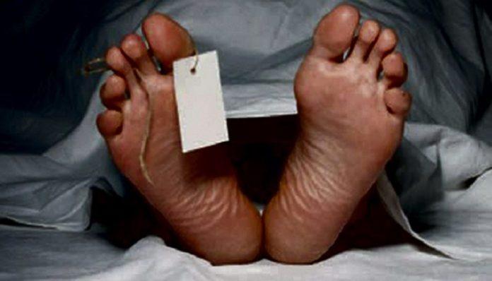 MORT SUSPECTE A GUEDIAWAYE: Ndiogou Ndiaye, 48 ans, trouvé mort au domicile familial avec du sang coagulé à la bouche