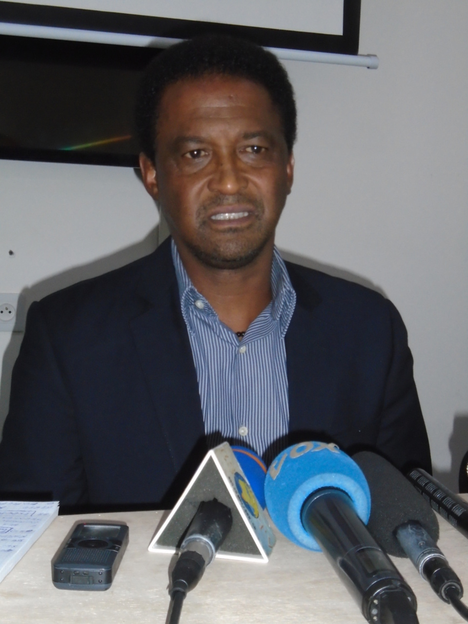VALDO CANDIDO COACH DU CONGO : «Nous irons à Thiès pour la bataille»