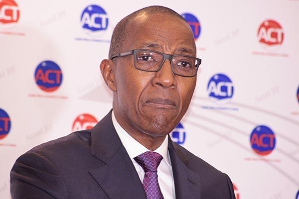 BALLET DES RESPONSABLES DE L'OPPOSITION AU PALAIS : Abdoul Mbaye raille ses camarades et se contente d'un courrier pour féliciter Macky Sall et lui soumettre ses mesures complémentaires