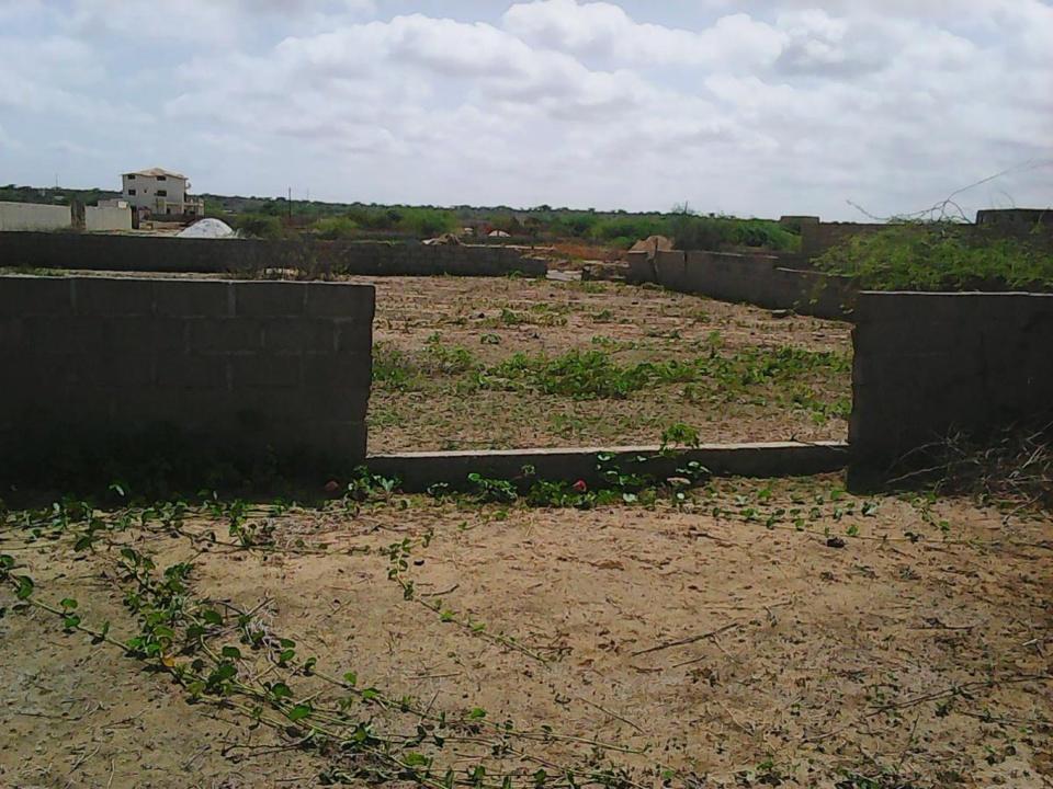 USURPATION DE FONCTION ET D'IDENTITE: Un homme d'affaires se présente comme le procureur Saliou Ngom et vend un terrain fictif à un émigré