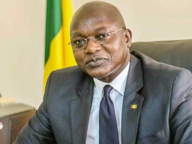 Les extravagances du ministre:  «S'il n'y avait pas ce parrainage, on aurait eu au moins 139 candidatures»