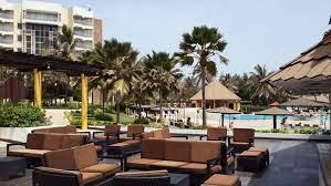 LICENCIEMENT ABUSIF EN COURS OU ESCROQUERIE?  L'hôtel King Fahd Palace a traîné en justice deux de ses travailleurs pour un montant de 84.000 F Cfa après 30 ans de service