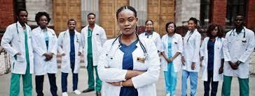 Recrutement de 800 médecins et personnels paramédicaux
