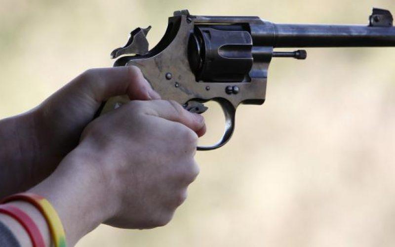 Le boutiquier Ousmane Diallo drague sa fille de 12 ans, le chauffeur Abdou Niang menace de le tuer avec un pistolet
