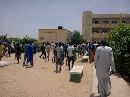 VIOLENTS AFFRONTEMENTS ENTRE LYCÉENS ET POLICIERS À MBACKÉ: Plusieurs élèves et enseignants évacués à l'hôpital Matlaboul Fawzeyni