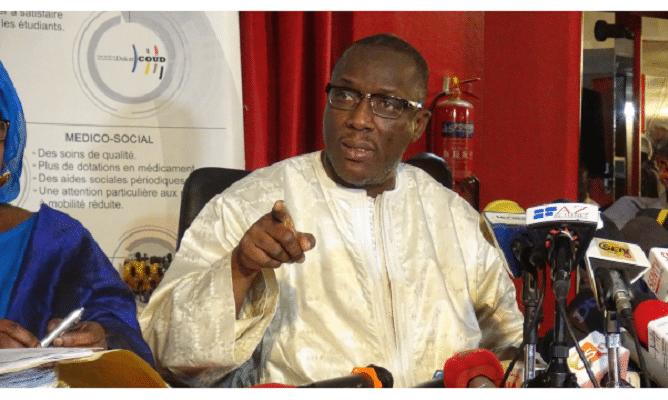 Pétition pour son limogeage: Cheikh Oumar Hann actionne ses sbires pour polir son image