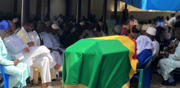 Amath Dansokho, commandeur dans l'ordre national du Lion