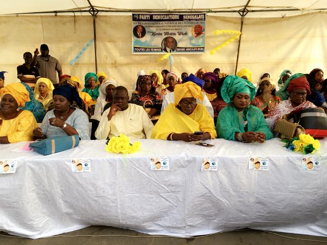 AG DES FEMMES DU PARTI DEMOCRATIQUE SENEGALAIS: Woré Sarr et Cie pour l'exclusion d'Oumar et Cie et Karim Wade pour diriger le parti