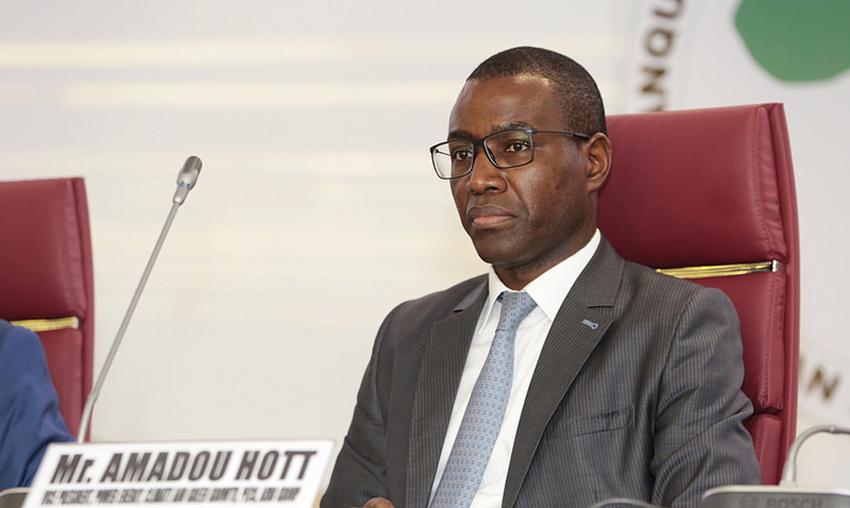 LE MINISTRE AMADOU HOTT PREND LES CASAMANÇAIS POUR CE QU'ILS NE SONT PAS: «Avec l'agropole sud, 49.000 emplois seront créés dans la région de Ziguinchor»