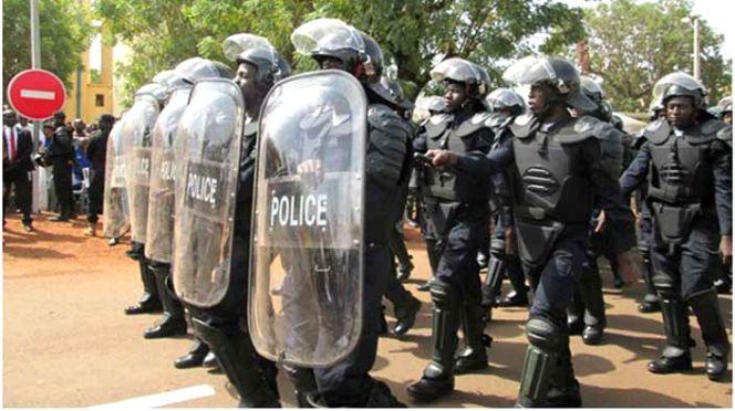 AGRESSION RACKET ET VOL A YEUMBEUL BOUNE : Un auxiliaire de police du GMI et un de ses complices arrêtés, le deuxième complice en fuite