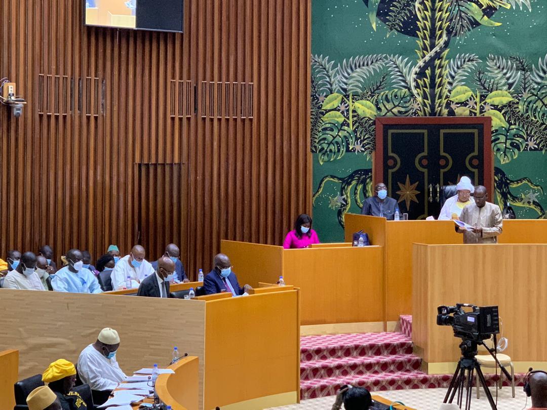 VOTE DU BUDGET DES MINES ET DE LA GÉOLOGIE:  Les députés soulèvent dossier Arcelor Mittal, Oumar Sarr refuse de s'y prononcer