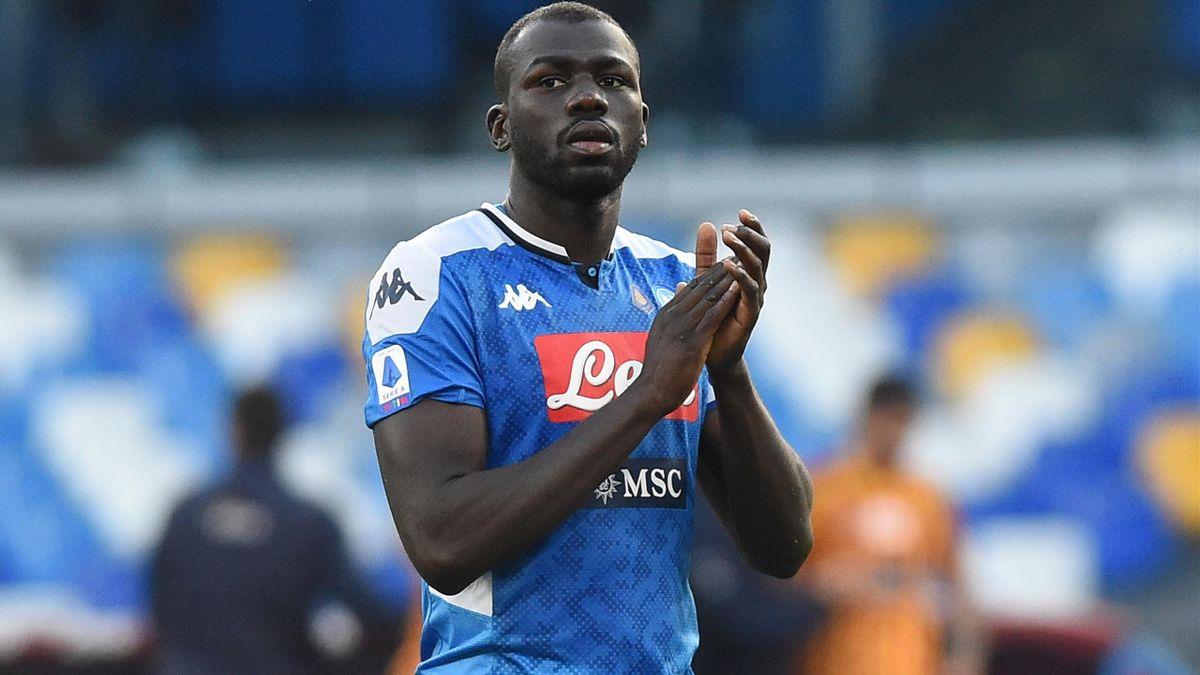 LIVERPOOL EN MANQUE DE DEFENSEUR: La signature de Kalidou Koulibaly est urgente, selon John Barnes