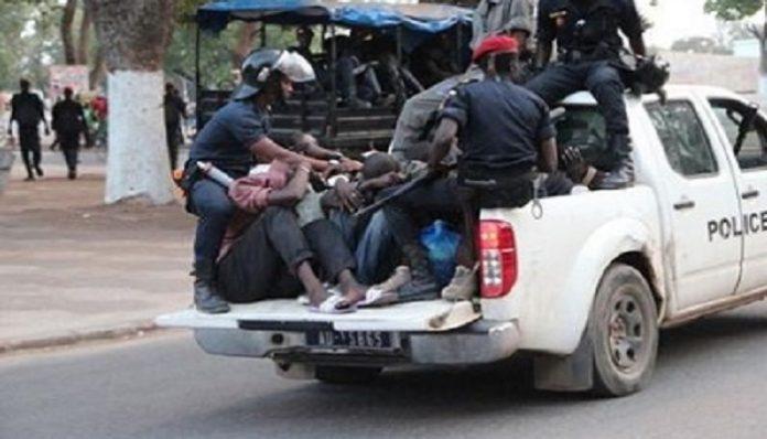 ACCUSATIONS DE TORTURES DE LA SOCIETE CIVILE CONTRE LA POLICE: La police bat en brèche, prend à témoin les avocats des gardés à vue et se réserve le droit de poursuivre les auteurs de ces déclarations