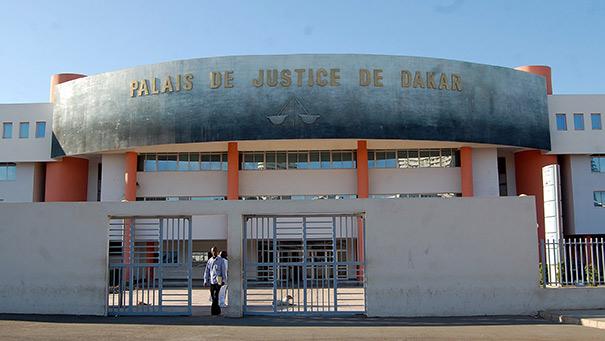 ASSOCIATION DE MALFAITEURS, COUPS ET BLESSURES: T. Diallo tabasse son compatriote, l'expulse de sa boutique qu'il occupe désormais et se vante d'avoir l'appui d'un ancien commissaire