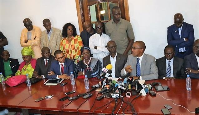 Recours en annulation : l'opposition est passée à l'acte