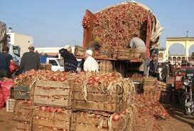 Alpha Baïla Guèye et son camion rempli d'oignon pour Mermoz Sacré-Cœur