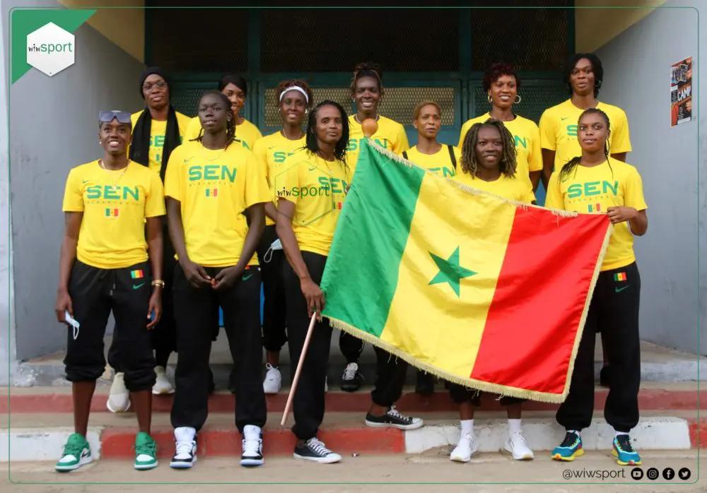 AFROBASKET FÉMININ 2021: Les Lionnes gonflées à bloc ont reçu le drapeau national hier