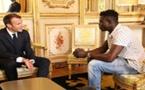 France : Mamoudou Gassama, jeune Malien qui a sauvé un enfant va être «naturalisé français» et intégrer les pompiers