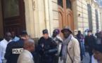 Vidéo-Macky Sall accueille et mate l'opposition Sénégalaise de France, Benjalloun ensanglanté, l'activiste Mame Séne échappe à la mort.