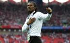 LA FIFA ET L'OMS METTENT AU POINT UNE TACTIQUE EN CINQ ETAPES POUR TACLER LE CORONAVIRUS : Aliou Cissé parmi les cinq entraineurs choisis pour la sensibilisation