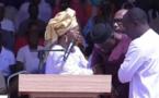 Rassemblement du M2D à Bignona: Ousmane Sonko fait un malaise, manque de s'affaler en public et parle... d'émotion