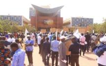 BATAILLE RANGEE A L'UNIVERSITE CHEIKH ANTA DIOP DE DAKAR: Daouda Dème arrêté et placé sous mandat de dépôt…, Abdou Ngom évacuéen France la semaine prochaine