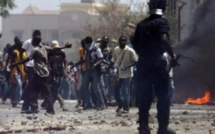 INTIFADA A ZIGUINCHOR POUR RÉCLAMER L'ÉCLAIRAGE D'UNE PARTIE DES 54 MÈTRES: La police interpelle une dizaine de manifestants